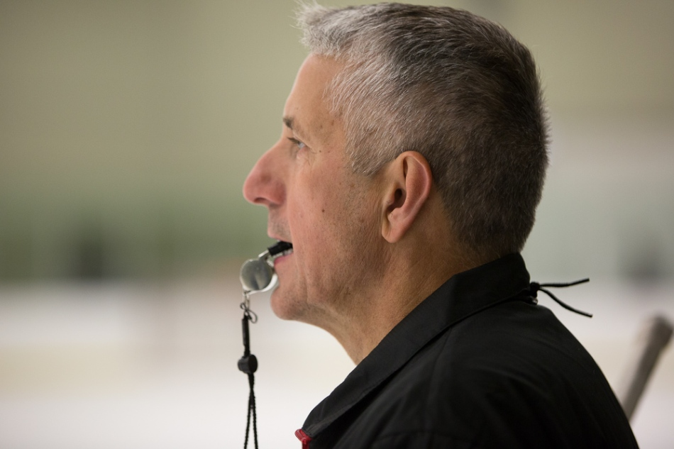 Bob Hartley directing drills at his Honda hockey camp