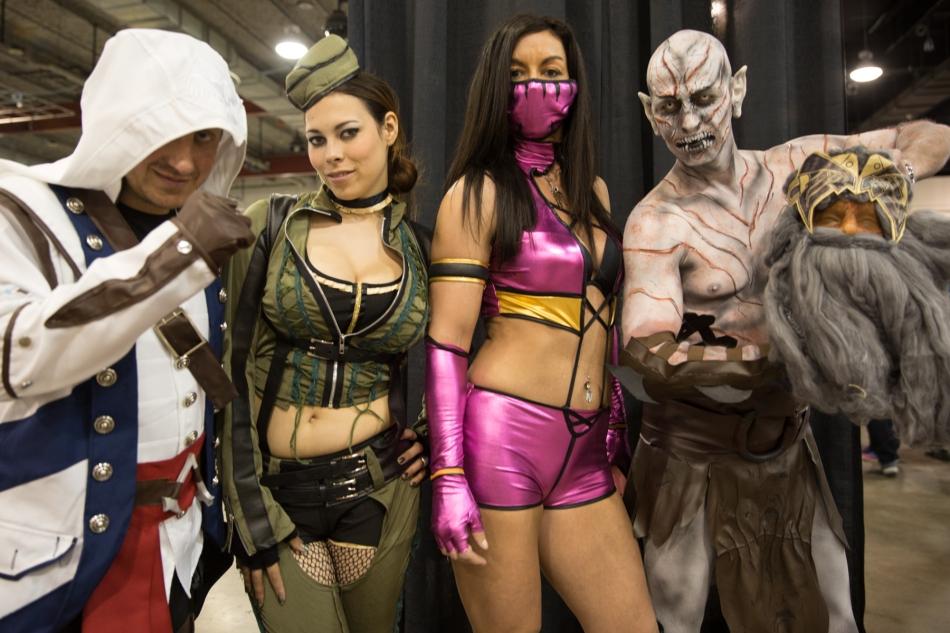 Characters from Assassins Creed III, Sucker punch, Mortal Combat and The Hobbit convene at Calgary Expo © J. Ashley Nixon