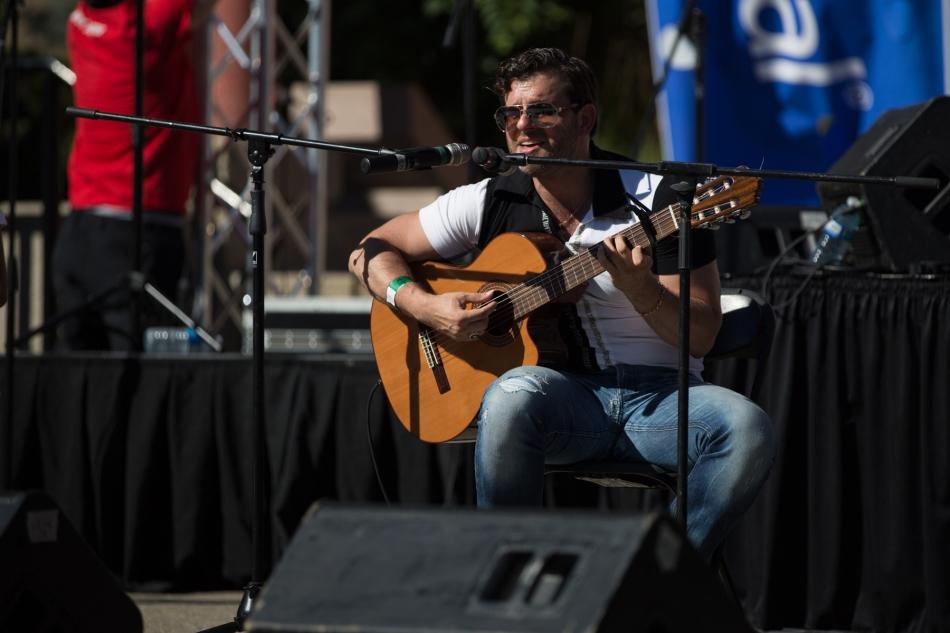 Felipe Alberto performing at Fiestaval Calgary © J. Ashley Nixon