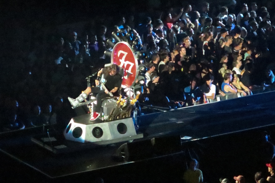 Dave Grohl performs from his customized guitar stool at the Scotiabank Saddledome, Calgary © J. Ashley Nixon
