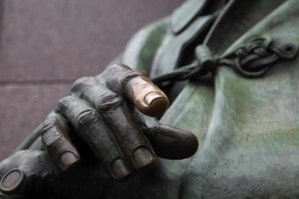 The hand of Franklin D. Roosevelt. Sculpture by Niel Estern. © J. Ashley Nixon