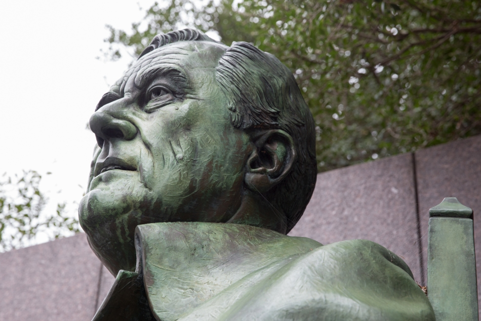 Franklin D. Roosevelt. Sculpture by Neil Estern. © J. Ashley Nixon