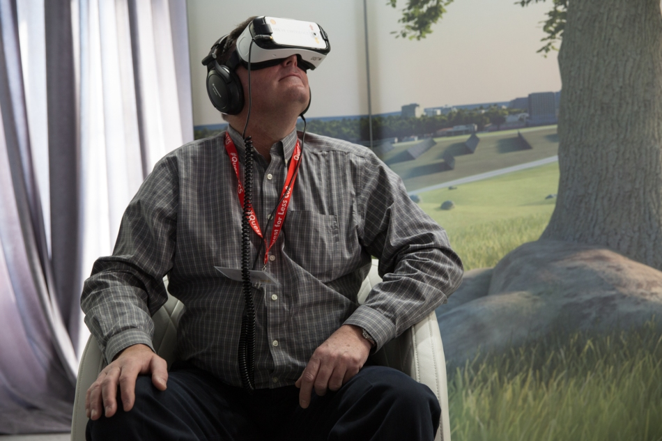 A guest goes on a virtual journey of carbon capture and storage technology during the Quest CCS launch. © J. Ashley Nixon