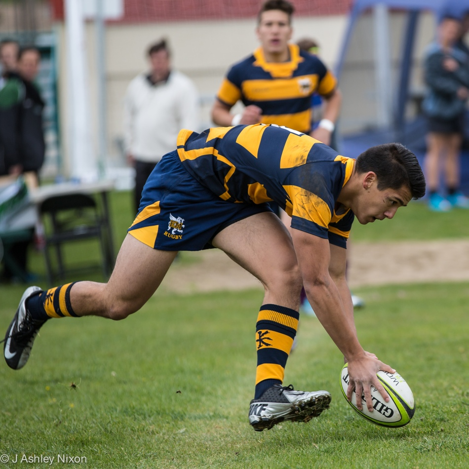 Chas scores a try for EWrnest manning High School in the West Island Colege rugby 7s tournament, May 20, 2016 in Calgary, Alberta, Canada © J. Ashley Nixon